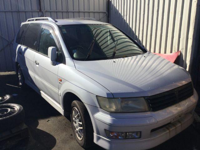 Mitsubishi Chariot N84W