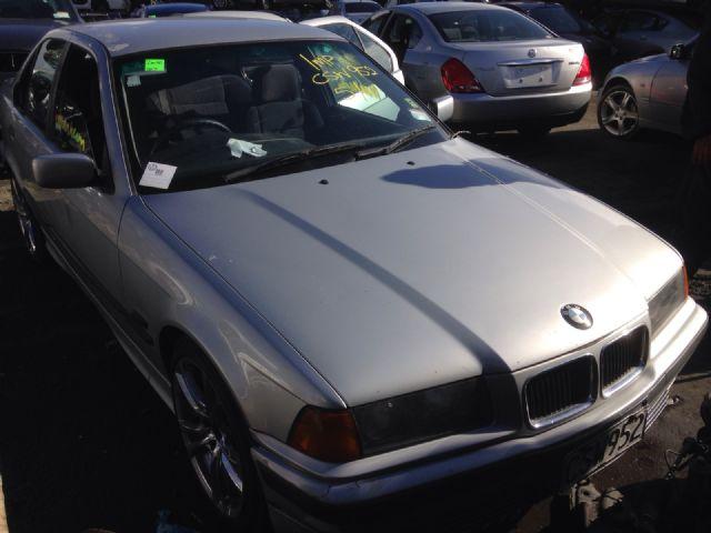 BMW 3 Series E36 320i