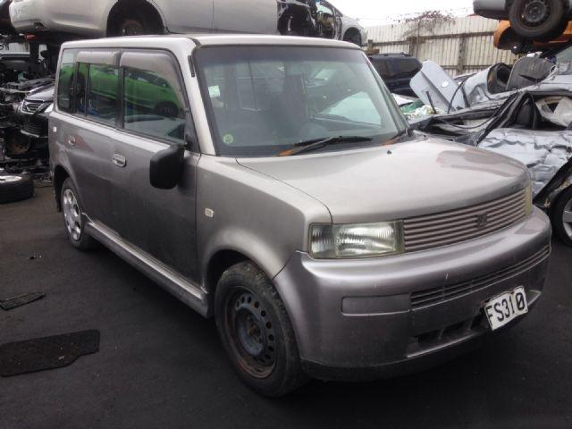 Toyota bB NCP30 2000-2005