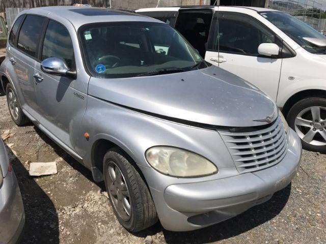 Chrysler PT Cruiser 2000 on