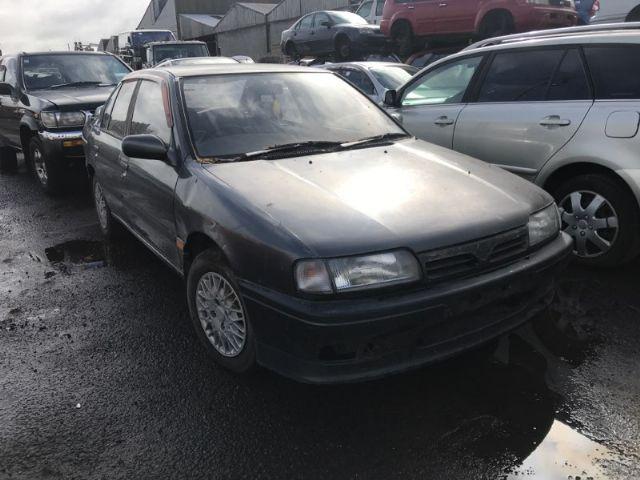 Nissan Primera P10 1990-1995