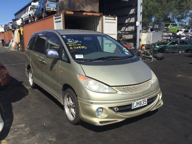 Toyota Estima MCR30