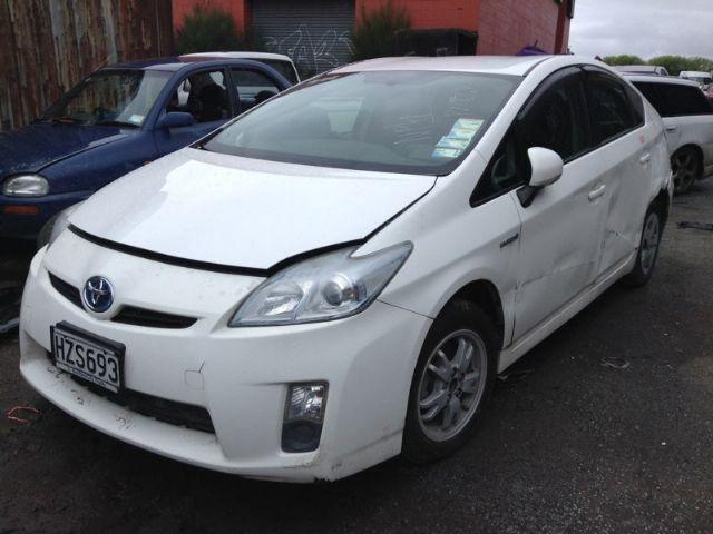 Toyota Prius ZVW30 09-15
