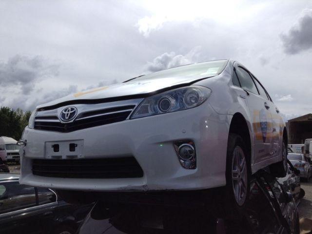 Toyota Sai AZK10