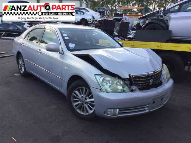 Toyota Crown GRS182 2004