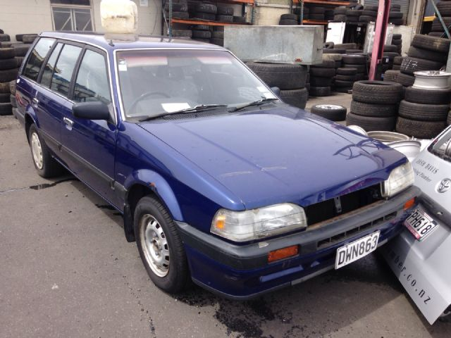 Mazda 323 BW105
