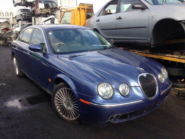 Jaguar S-Type GH-J01FC