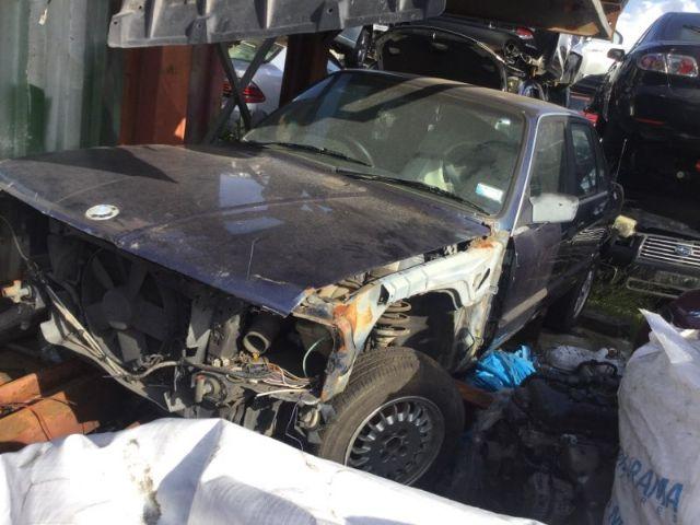 BMW 3 Series E30 320i 1993