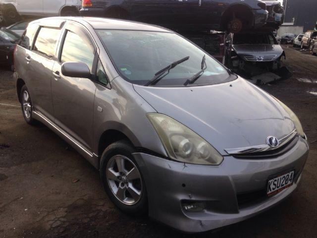 Toyota Wish AE10 2003-2009
