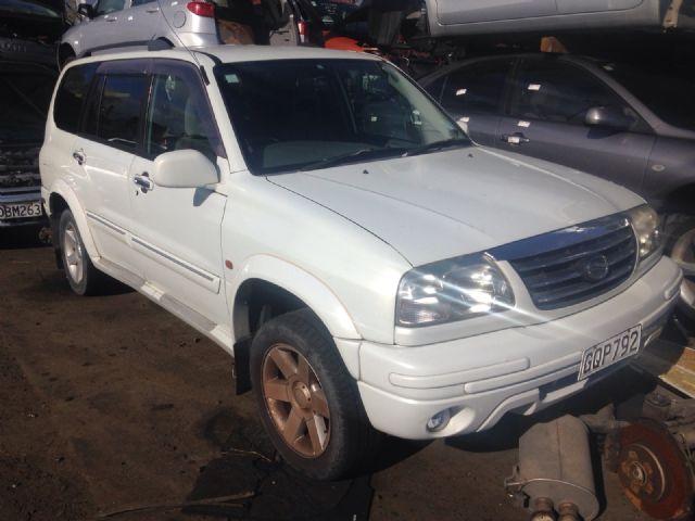Suzuki Escudo TX92W 1998-2005
